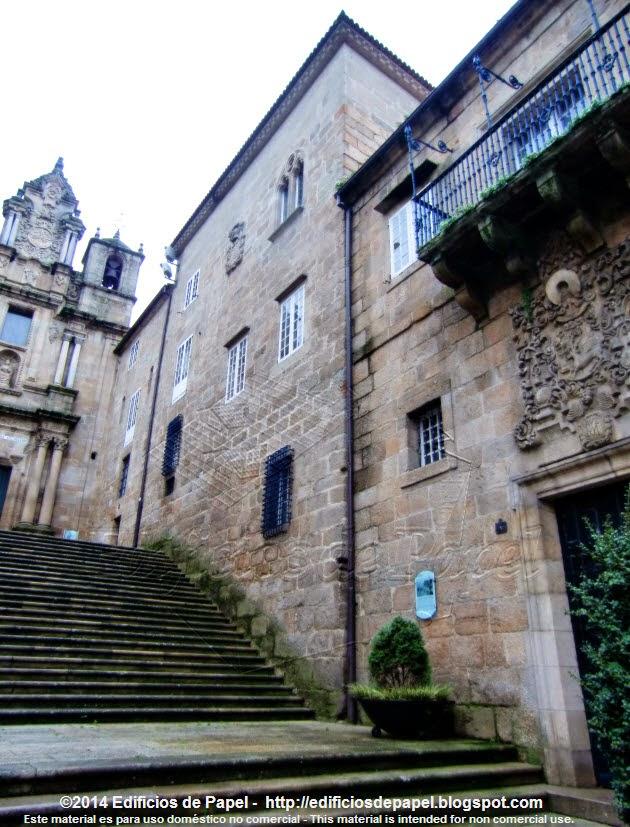 Escalinata por delante del Palacio Episcopal