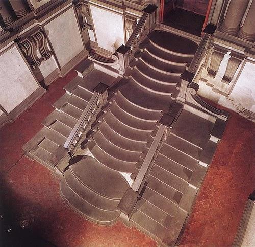 Un rato de arte escalera del vest bulo de la biblioteca for Biblioteca debajo de la escalera
