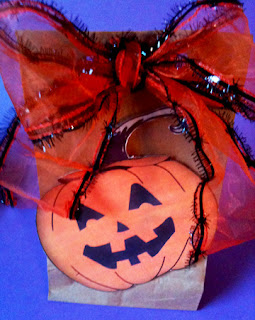 jack-o-lantern pumpkin paper bag goodies goody sack free art