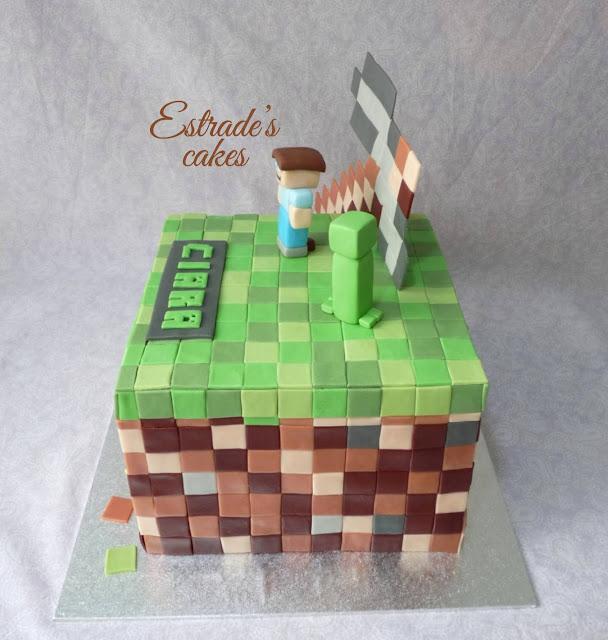 tarta Minecraft con fondant 4