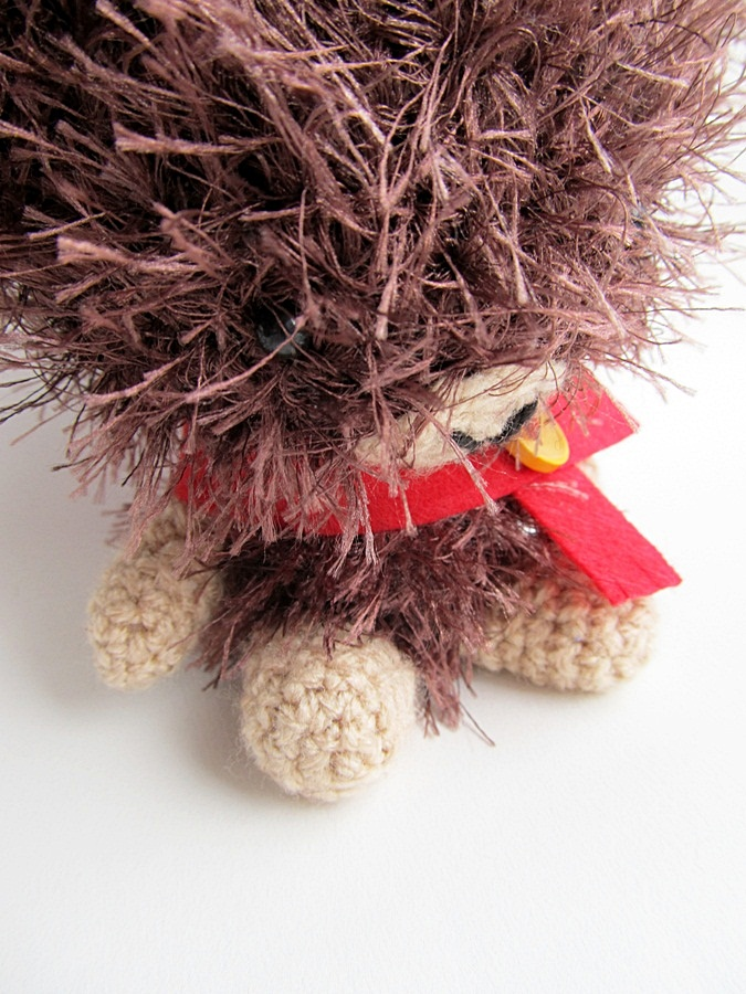 Amigurumi With Eyelash Yarn : {Amigurumi - Pedro the Bear} - Little Things Blogged