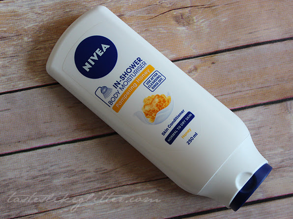 Nivea In-Shower Body Moisturiser - Pampering Honey.