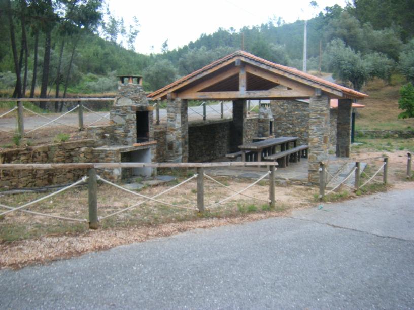 Parque de Merendas com Churrasqueira