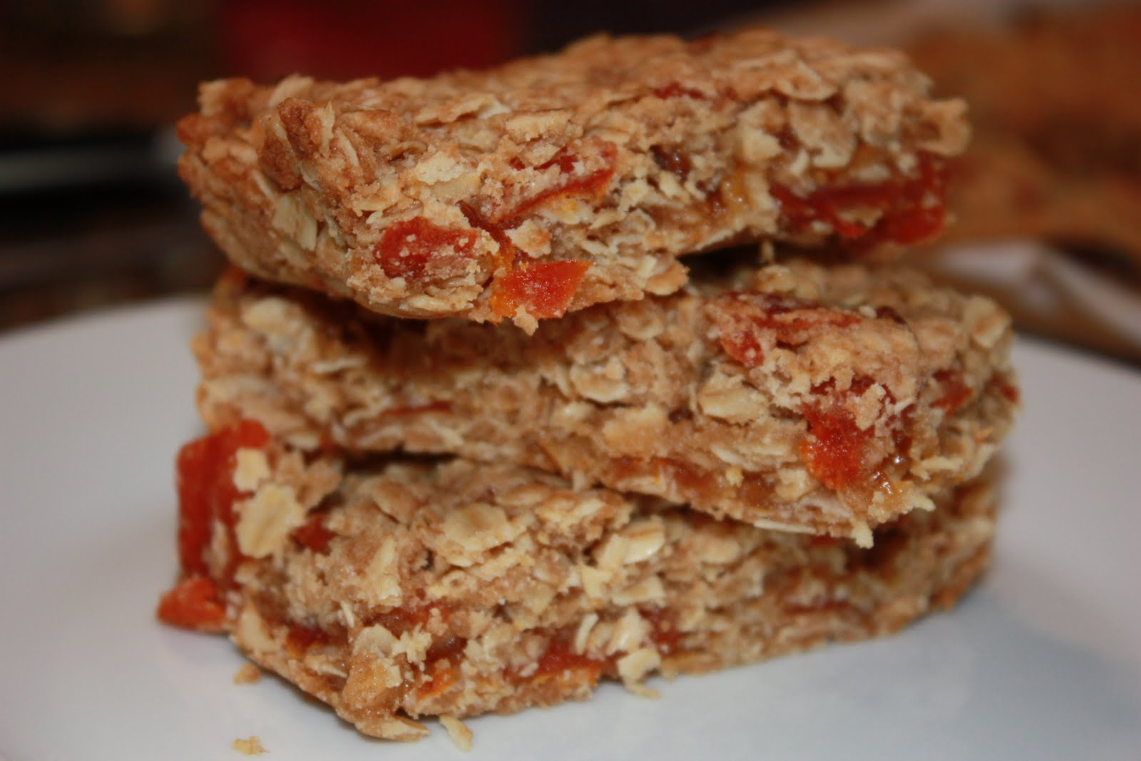 Hungry For More: Snack Time! Apricot Oatmeal Bars