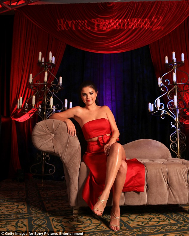 Selena Gomez - Hotel Transylvania 2 photocall