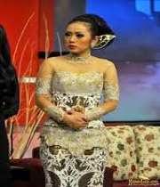 Foto Model Baju Kebaya Soima