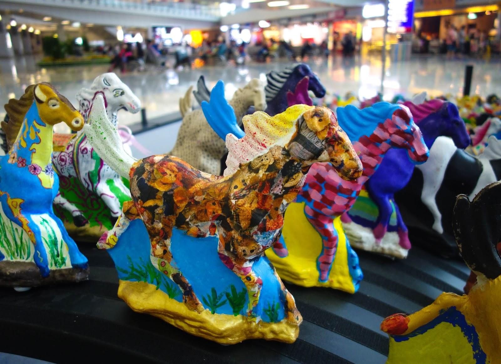 6 Galloping Horses by Xu