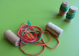 rolha,Coordenação Motora,coordenação motora fina, educação infantil,brincar,brincadeiras,creche,