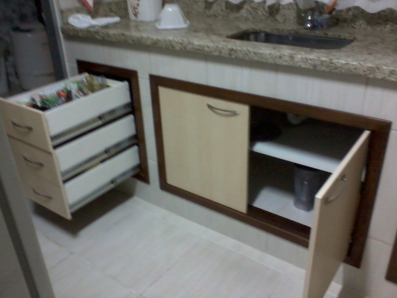 cozinha 6 cozinha em mdf na cor branco neve brilhante #312C26 1600 1200