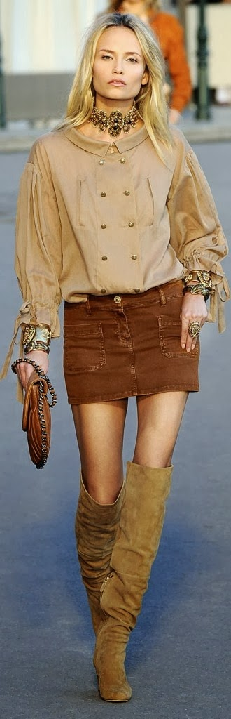 Brown Chanel combination - Adorable shirt with mini leather skirt and fantastic boots
