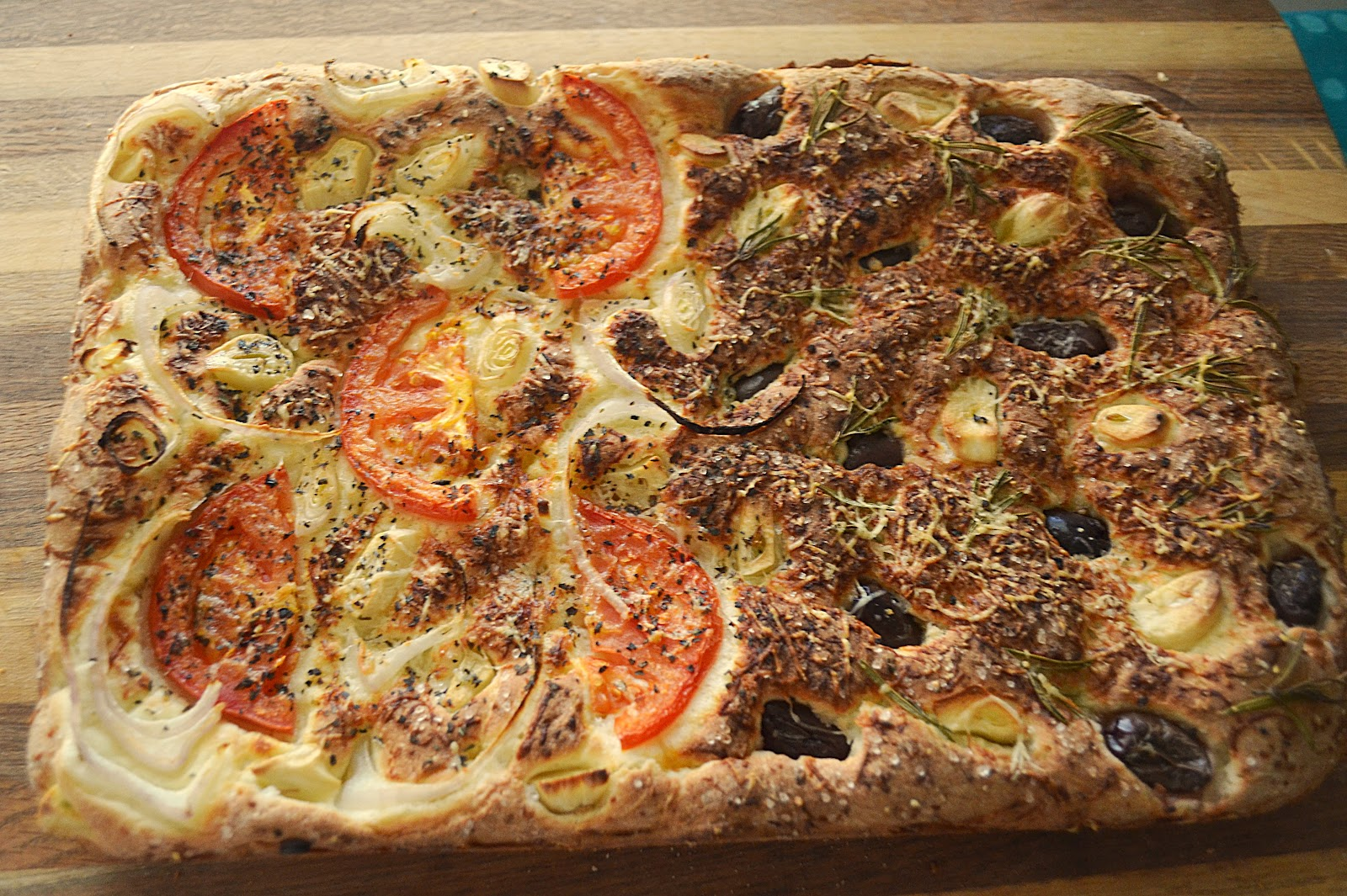 Gluten Free Gypsy: Focaccia with Kalamata Olives and Rosemary