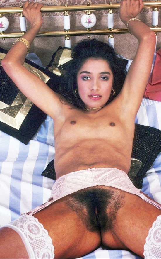 old-aunty-sexy-pussy-group-sex-small-cock