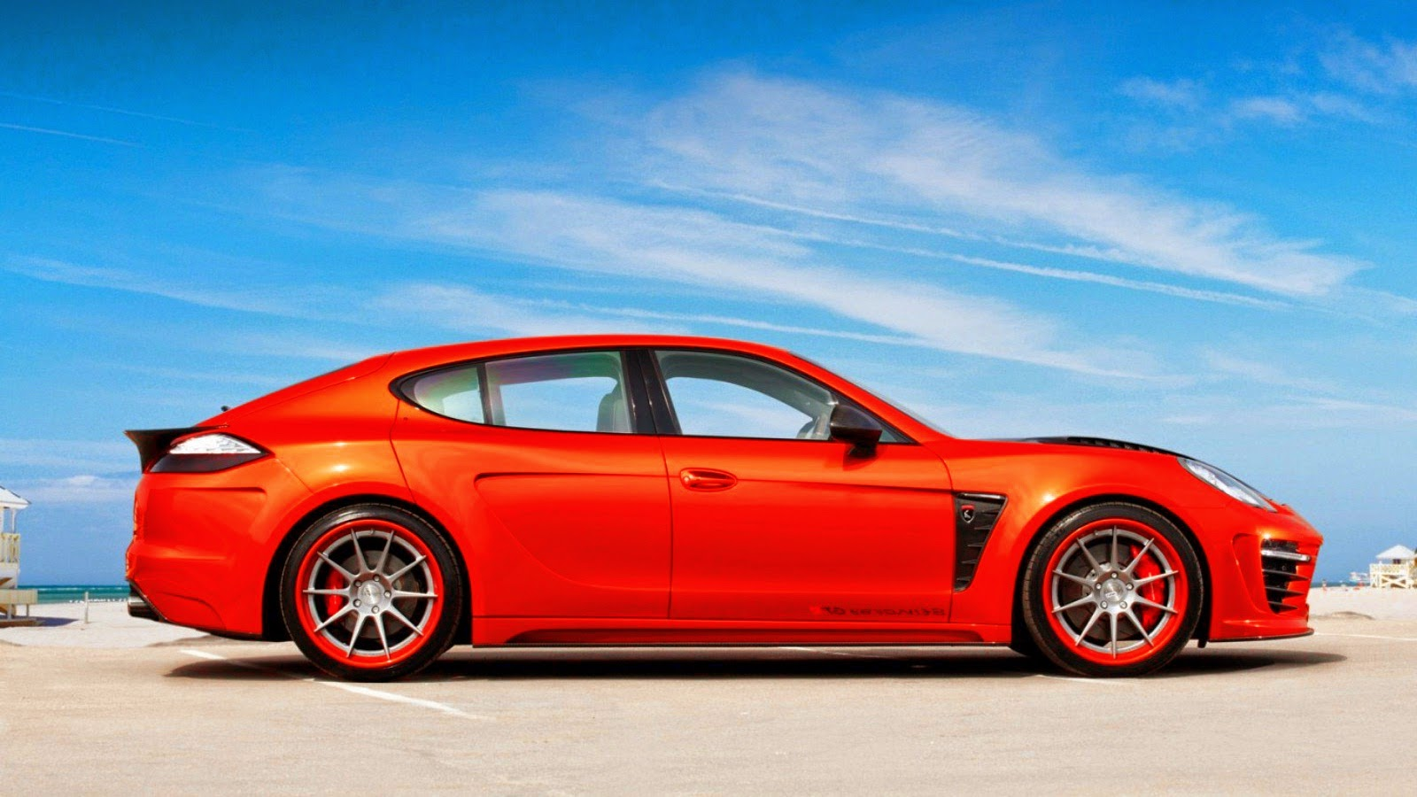 Porsche Panamera Stingray GTR Orange side