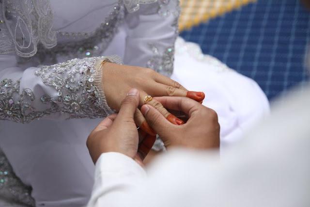 http://www.asalasah.com/2015/11/pandangan-doktor-tentang-pasangan.html