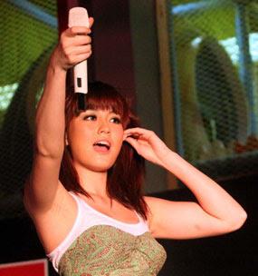Foto gambar terbaru Agnes Monica MTV Europe Asia Musik Award 2011