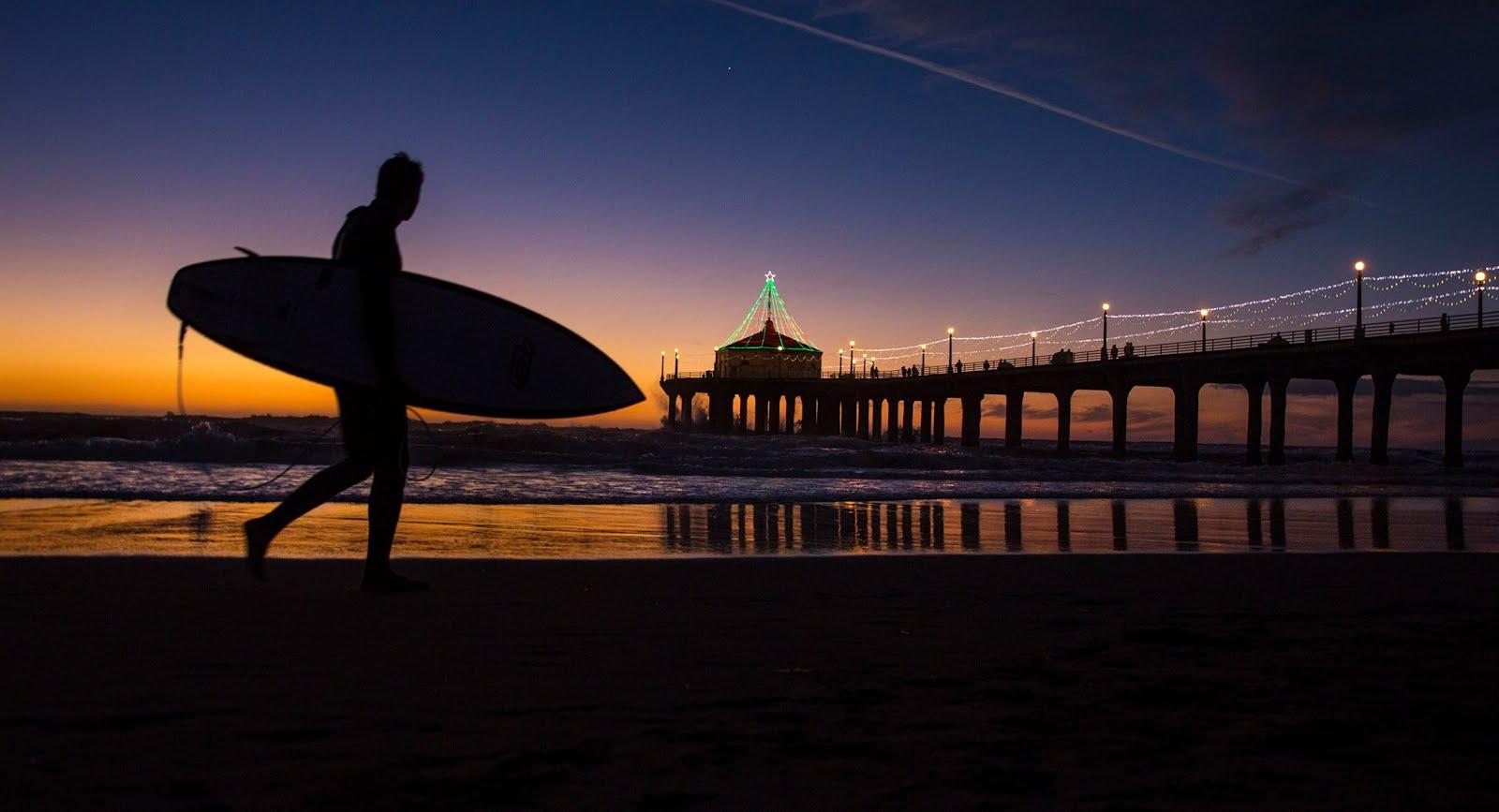 Quintessential Santa Monica at night