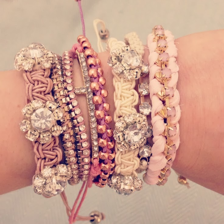 Cool Ways to Stack your Bracelets: Pile Your Wrist Wear ...