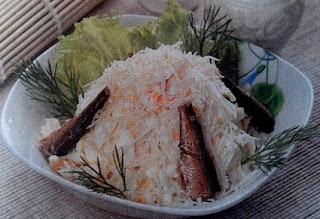 Салат с шпротами Океан