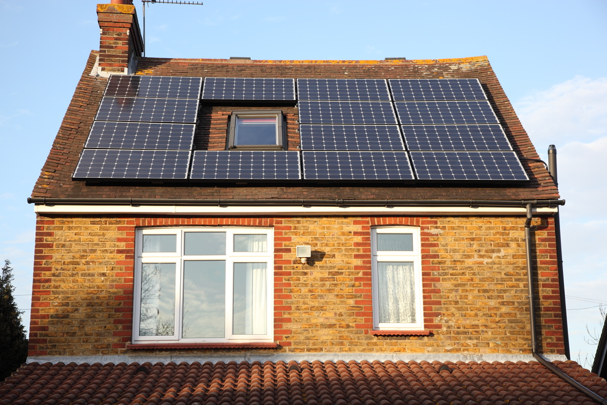 Perfect Day for Maximum Solar Power Generation