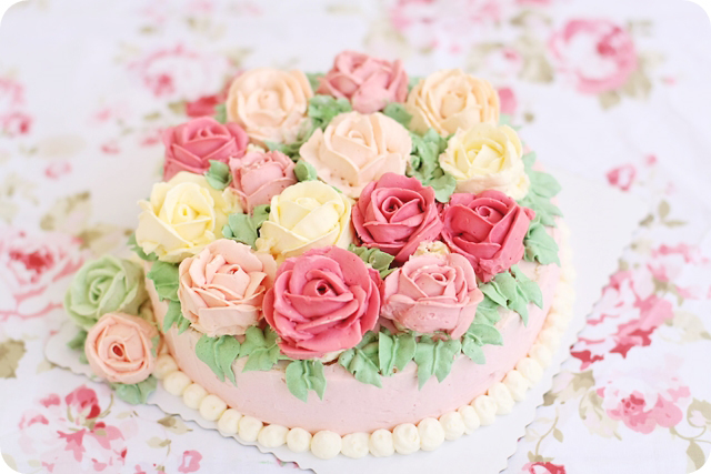 Buttercream Rose Cake Evan S Kitchen Ramblings