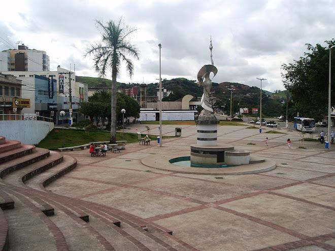 praça principal da minha cidade, um luxo