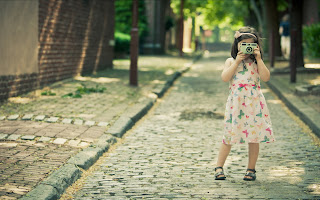 Mood Girl Children Kid Joy Happiness Dress Camera Street Summer Walk HD Wallpaper