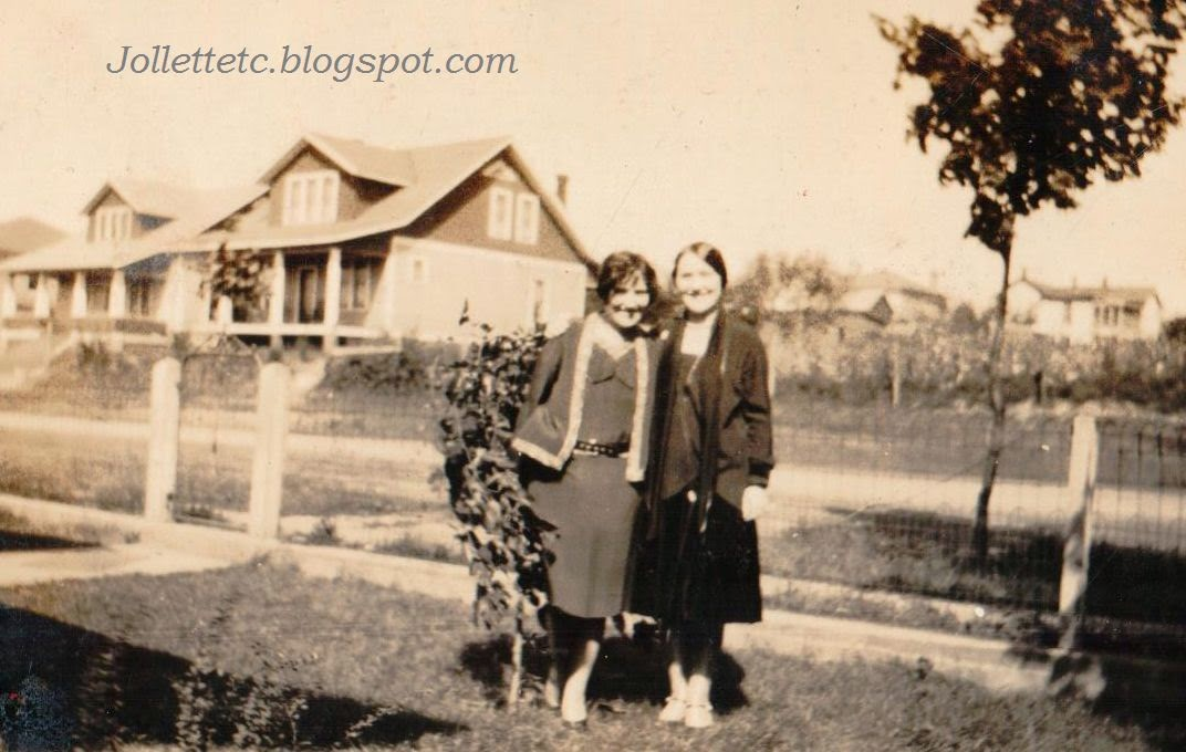 Violetta and Velma Davis Sep 1928 Shenandoah, Virginia