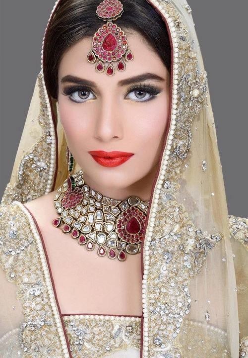 People Have Faith In South Asia Especially India And Pakistan That A Bridal Cannot Look Beautiful Without Heavy Embroidered Dress Makeup