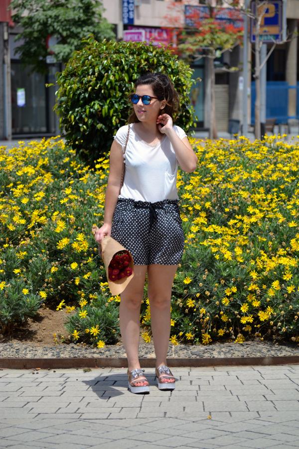 look_short_estampado_cuñas_con_brillantes_joya_lolalolailo_03