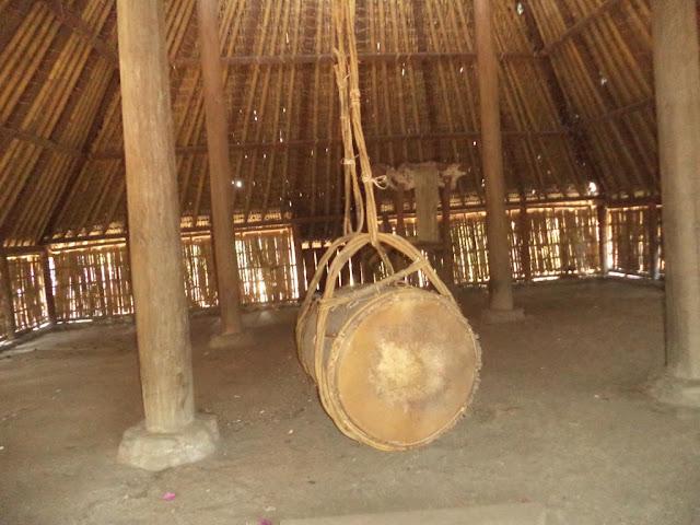 Keunikan Masjid Kuno Di Kaki Gunung Rinjani