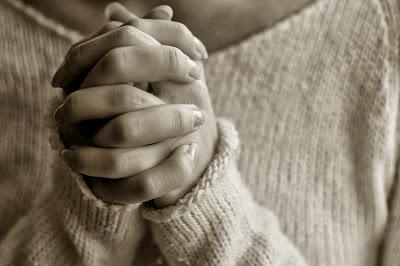 Οι σημερινοί νέοι δυσκολεύονται να πλησιάσουν την Εκκλησία και τους κληρικούς