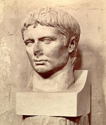 император Октавиан