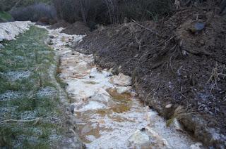 Técnicas de bioingenieria. Canal calizo abierto. Open limestone channel.