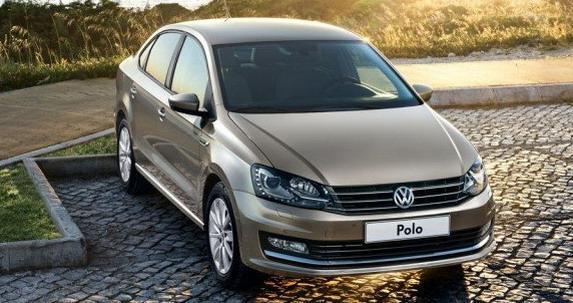 新型「Polo Sedan」のフロント画像