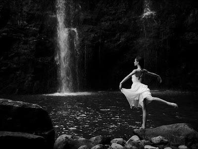 Todo el Universo tiene ritmo. Todo danza.