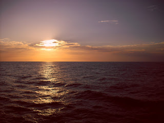 The great Pacific Ocean - like on the seas though, life isn't always plain sailing