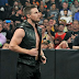 Stephen Amell é destaque no SummerSlam 2015 e pode voltar a lutar