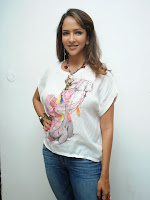 Lakshmi Manchu Latest Stylish Photos-cover-photo