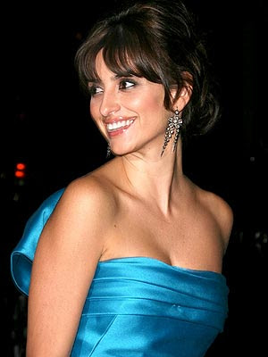 Penelope Cruz Hair, Long Hairstyle 2013, Hairstyle 2013, New Long Hairstyle 2013, Celebrity Long Romance Hairstyles 2146