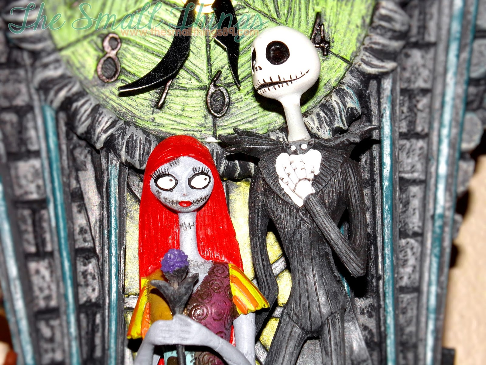 You have to see The Nightmare Before Christmas Cuckoo Clock! Great ...
