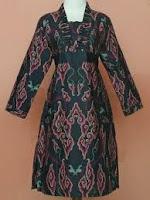Aneka batik dengan motif mega mendung
