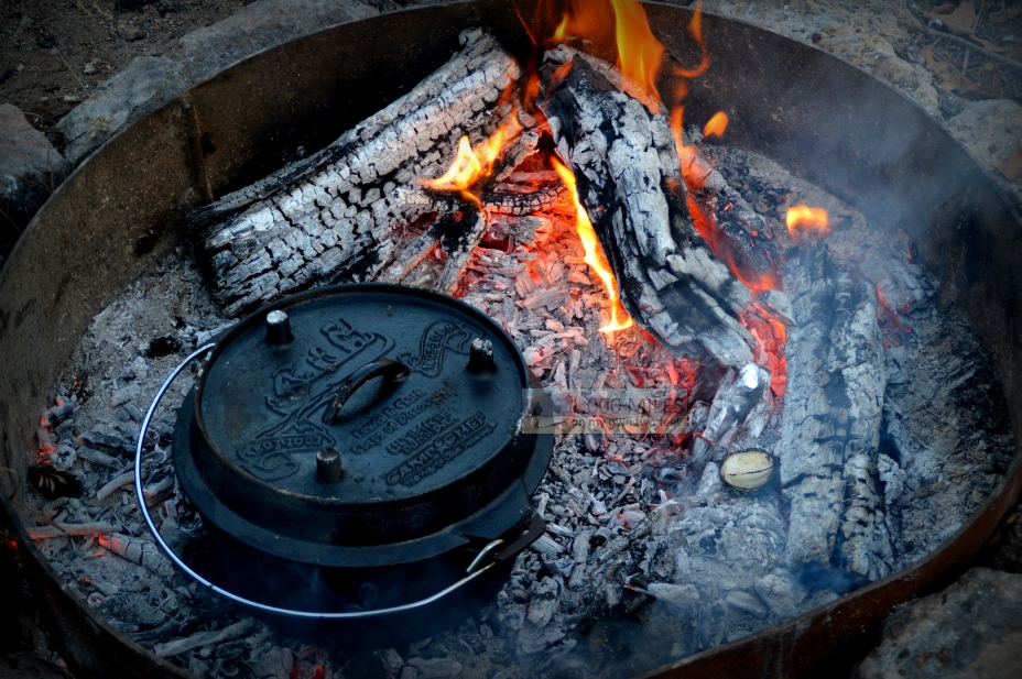 Campfire cooking the dutch oven 1 000 miles on my own for How to cook in a dutch oven over a campfire