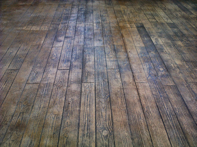 Pavimento continuo de hormig n impreso en castell n pavimentos continuos de hormig n hormig n - Hormigon impreso madera ...