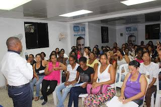 Adán Peguero reconoce liderazgo de la mujer en vida política y transformación de Santo Domingo Este