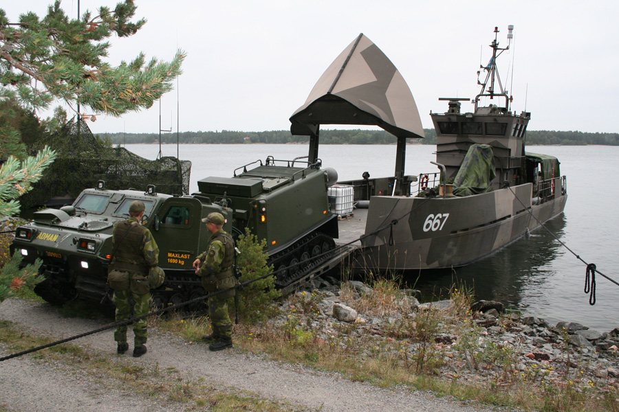 World Military and Police Forces: Sweden