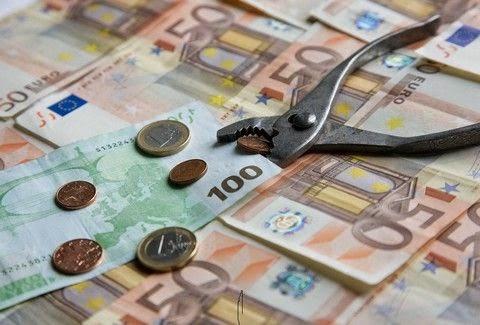 Σας ενδιαφέρει: Αυτά είναι τα επτά επιδόματα που θα αυξηθούν με τον βασικό μισθό στα 751 ευρώ!