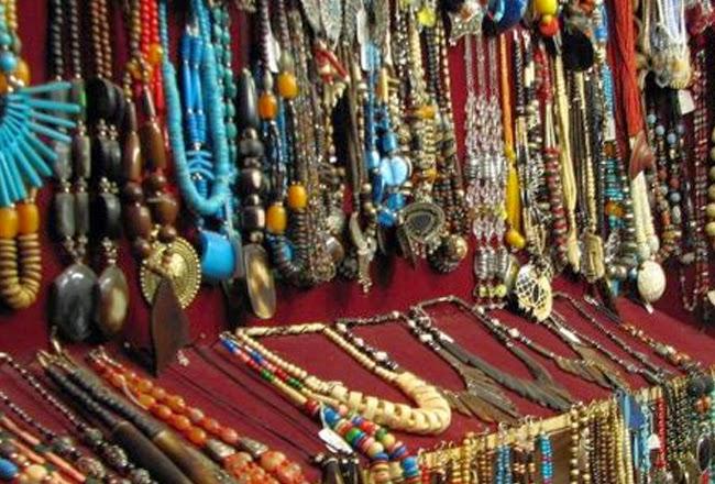 Shopping in Mandu