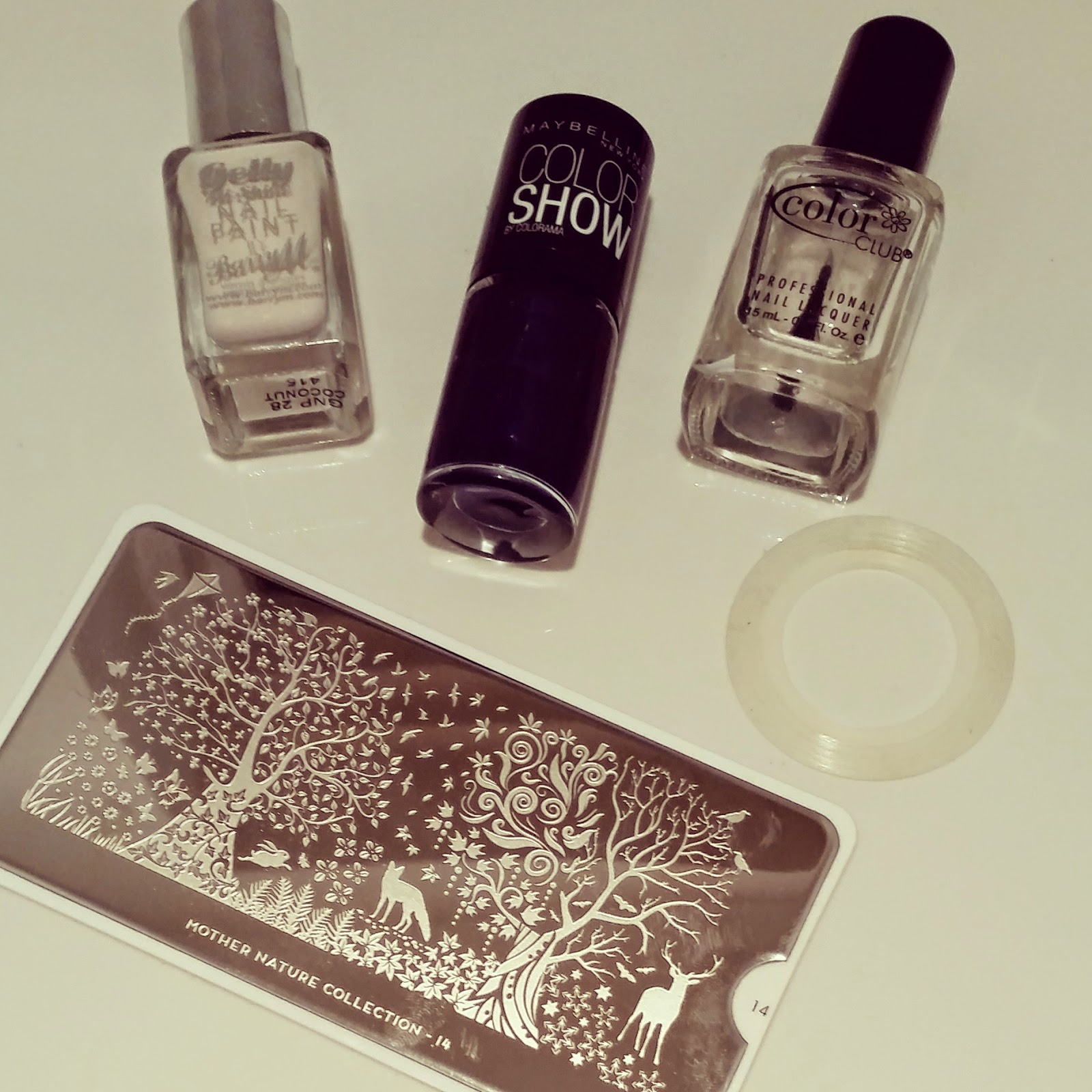 barry-m-gelly-moyou-london-stamping-manicure