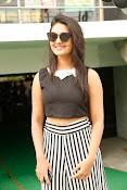 Neha Deshpande Glamorous look-thumbnail-5