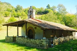 Lena, ermita de La Flor